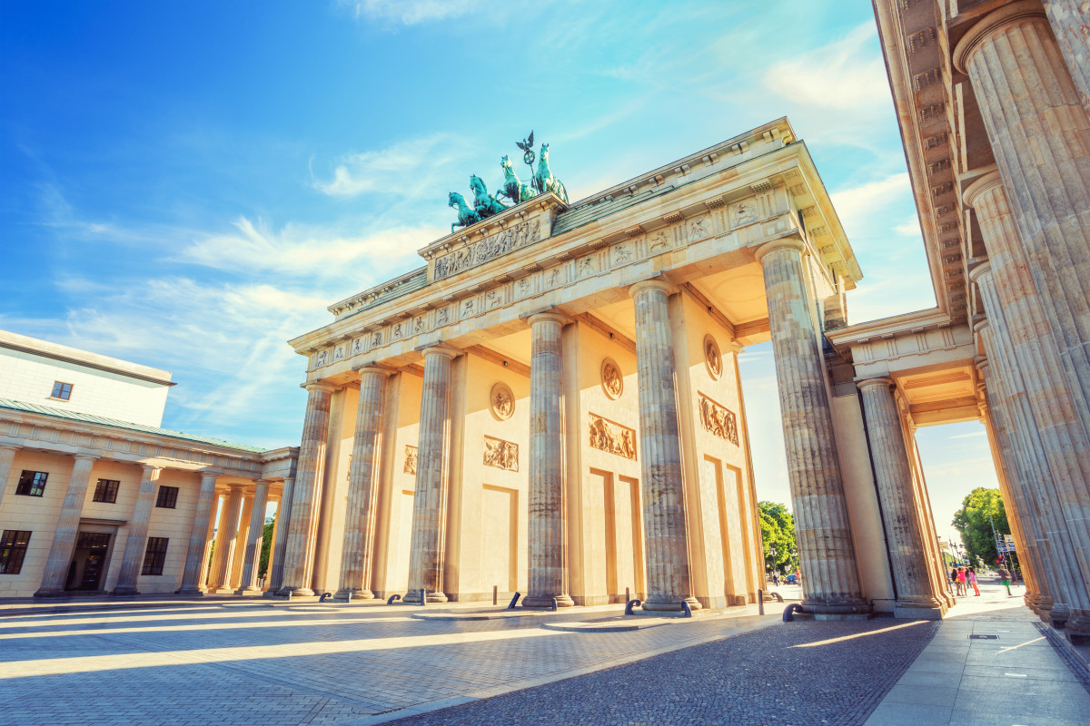 In Berlin mit Snapbus einen Bus bei einem Busunternehmen Berlin mieten.