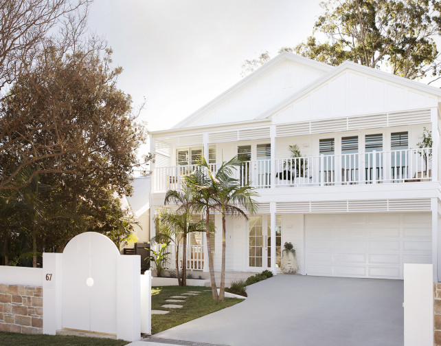 linea-moderncoastal-exterior-3birdsrenovations-house14-jameshardie-10 (1)