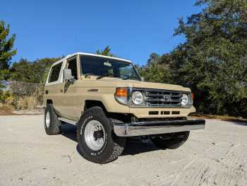 1994 Toyota Land Cruiser ZX HZJ73 FRP Top Narrow Body