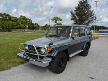 Toyota Land Cruiser HZJ77 ZX Wide Body