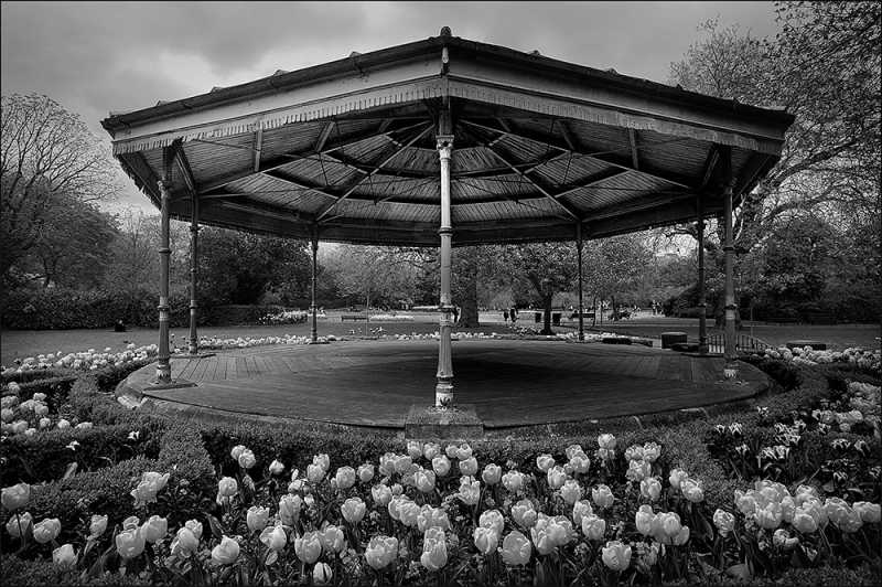 D645 - The Bandstand, Stephen's Green, Dublin.