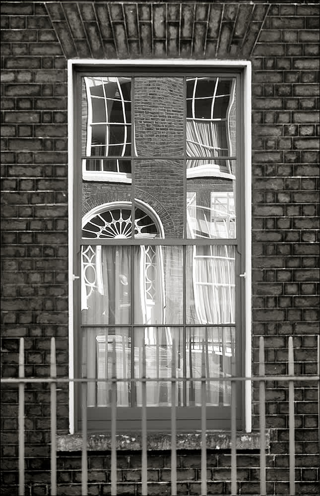 D531 - Georgian Reflections, Dublin.