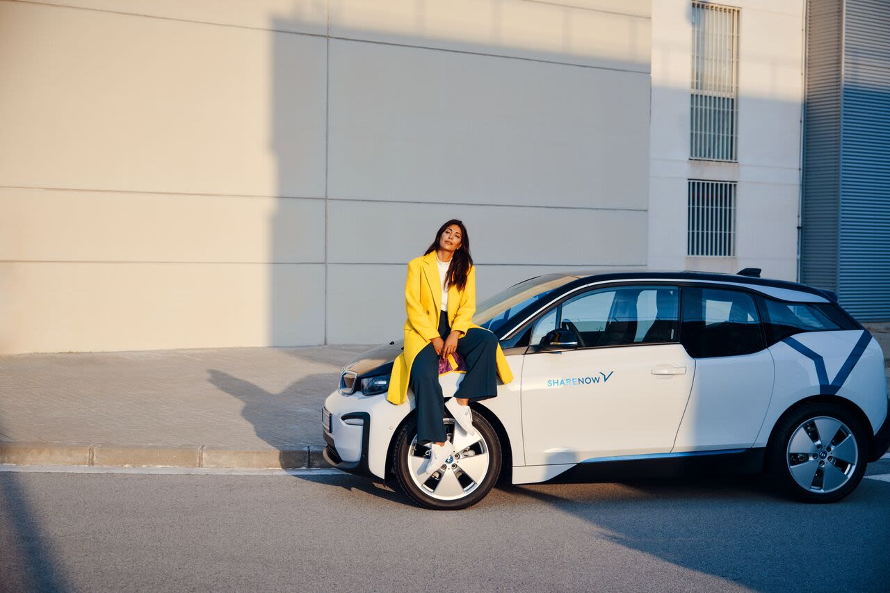 Woman sitting on BMW i3