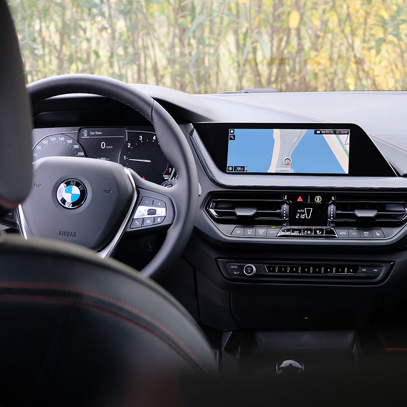 bmw-1-series-interior-spacious
