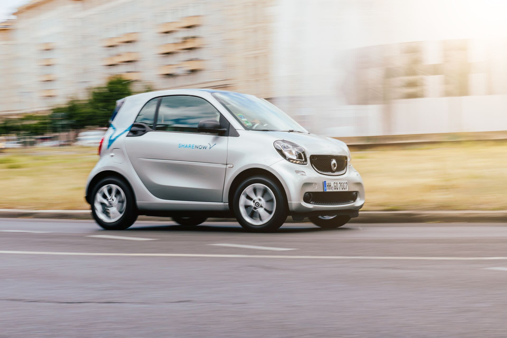 smart-fortwo-driving-shot