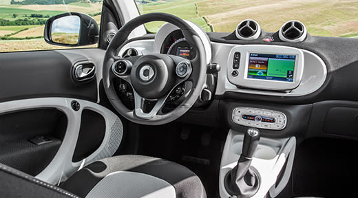 cars-smart-fortwo-interior-1