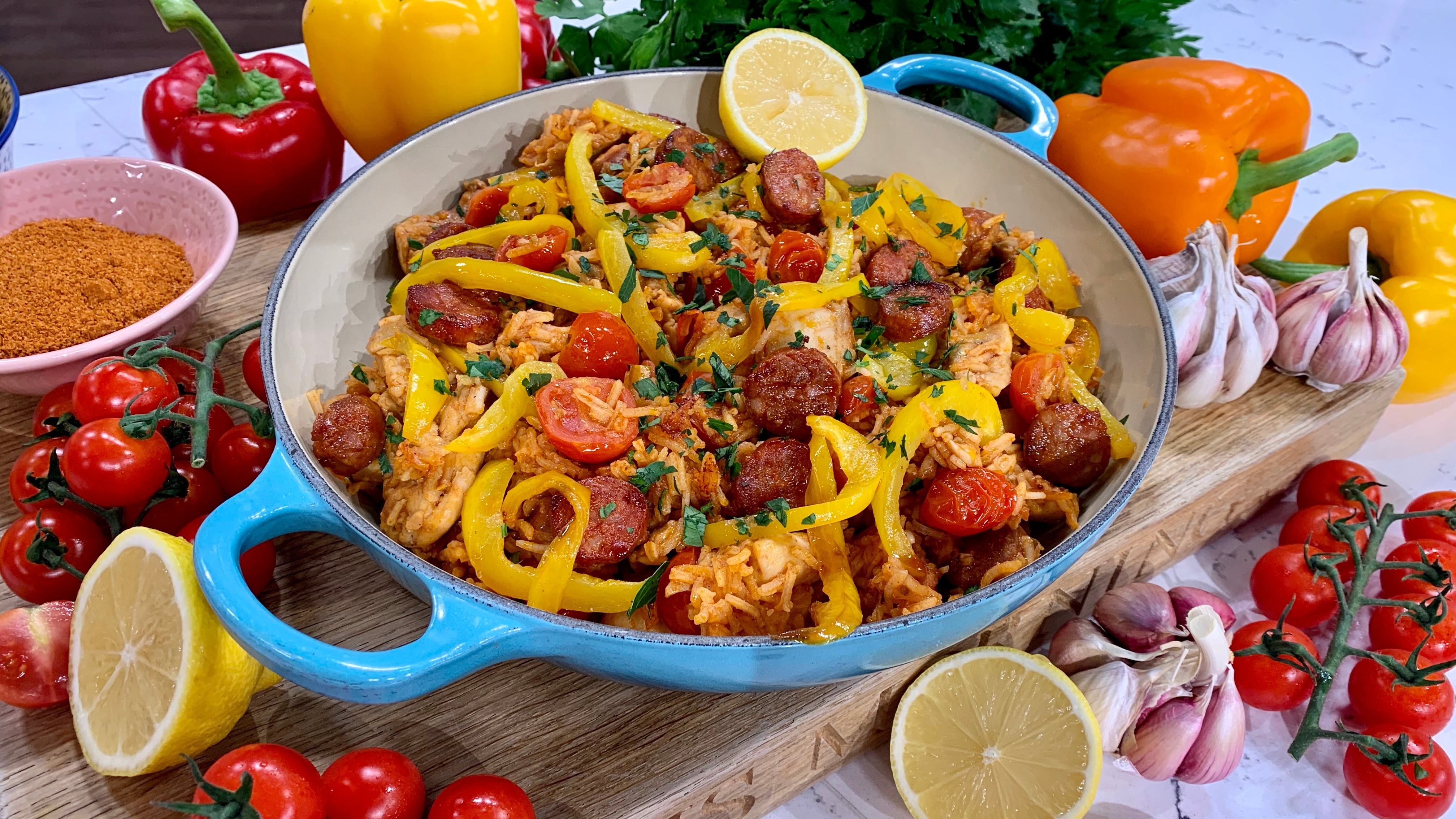 Alison's one-pot chicken and chorizo rice | This Morning