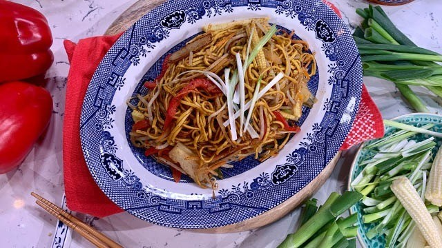 Kwoklyn Wan's chow mein masterclass | This Morning