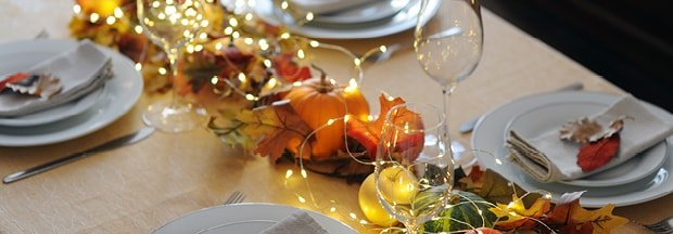 10 Tips for Hosting Thanksgiving on a Budget