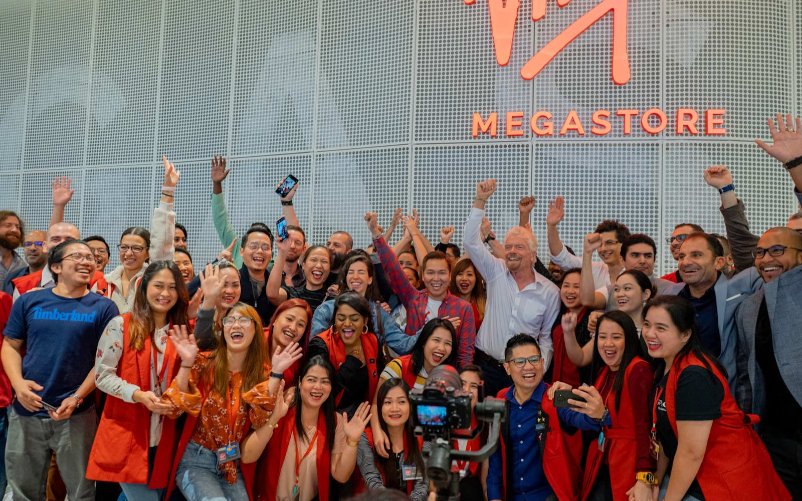 Richard Branson with the Virgin Megastore team in Dubai