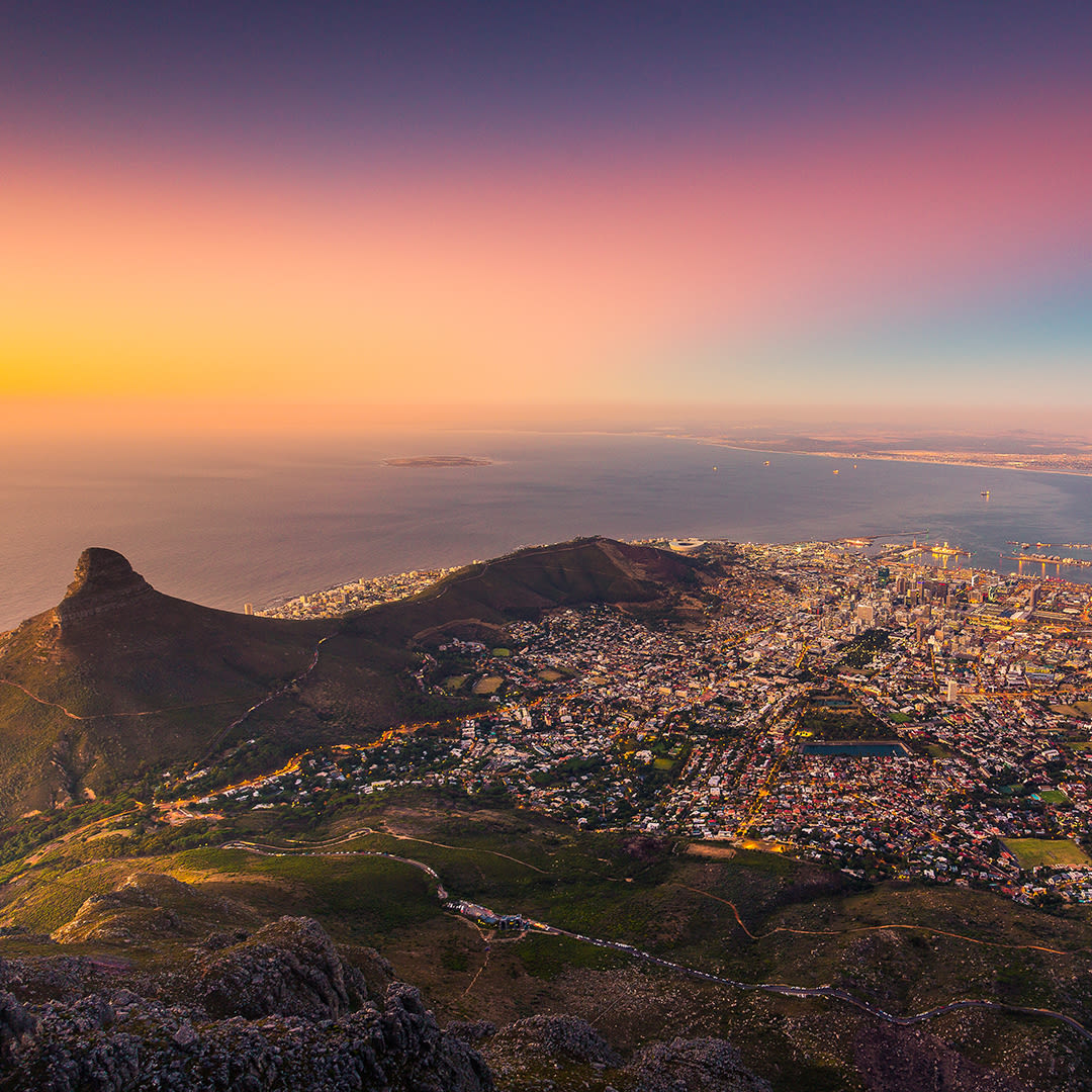 A sunset over Capetown