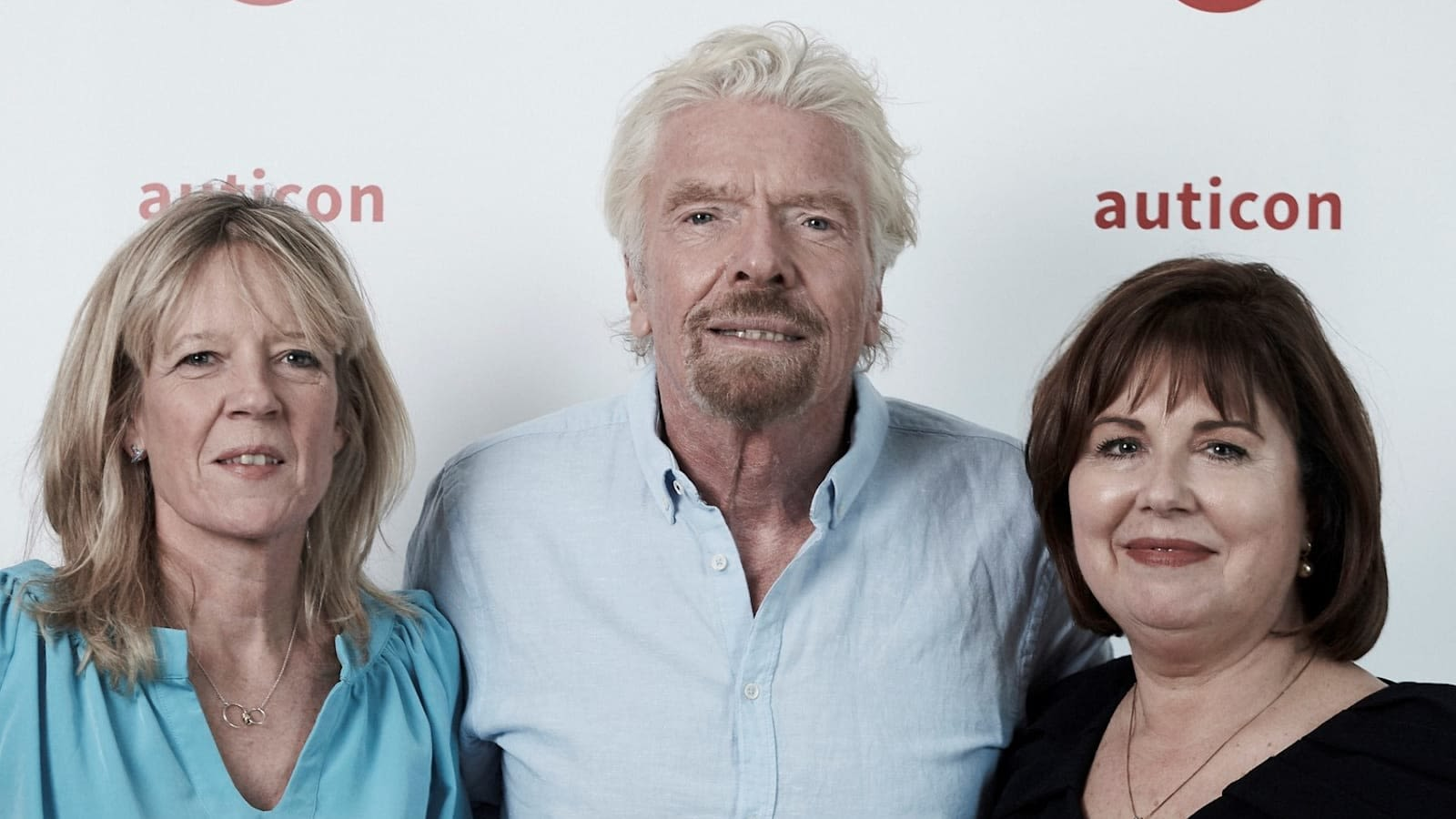 Lisa Thomas, Richard Branson and Amanda Turnill, auticon's managing director in Australia
