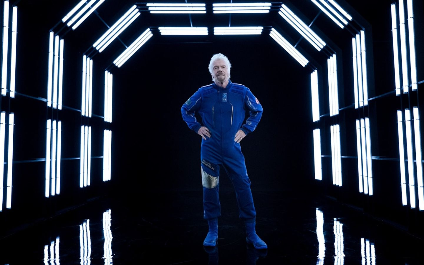 Richard Branson wears the Virgin Galactic spacesuit
