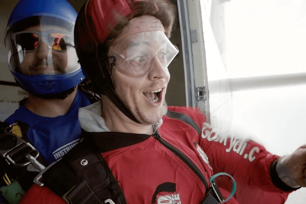 Two people prepare to go skydiving with Virgin Experience Days