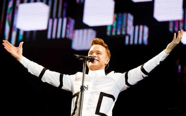 Olly Murs performing at V Festival