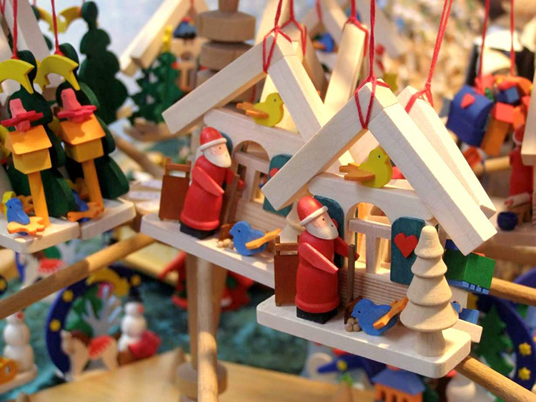 Christmas Fairs and Markets - Article