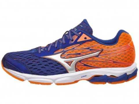 7d74aa2b7a 11 Best Mizuno Running Shoes for 2018
