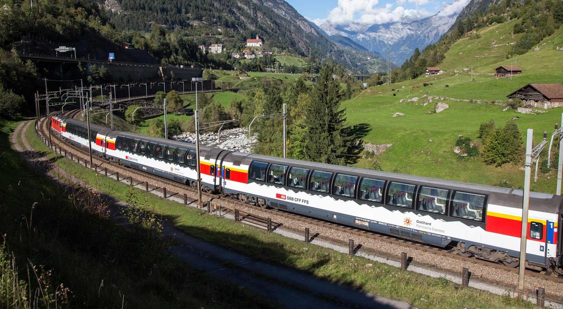 Gotthard Panorama Express in Wassen