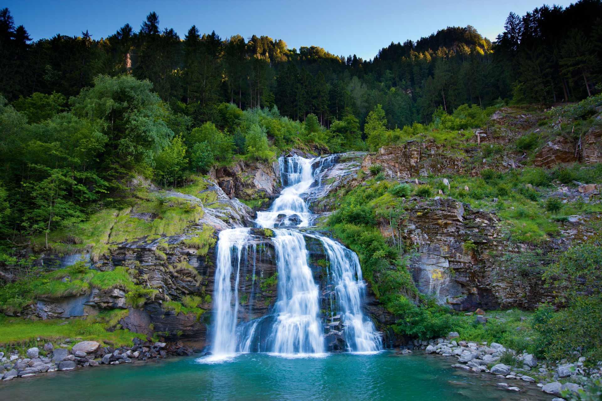 Piumogna Wasserfall in der Leventina