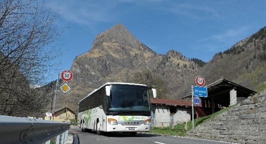 Bus_Olivone.jpg