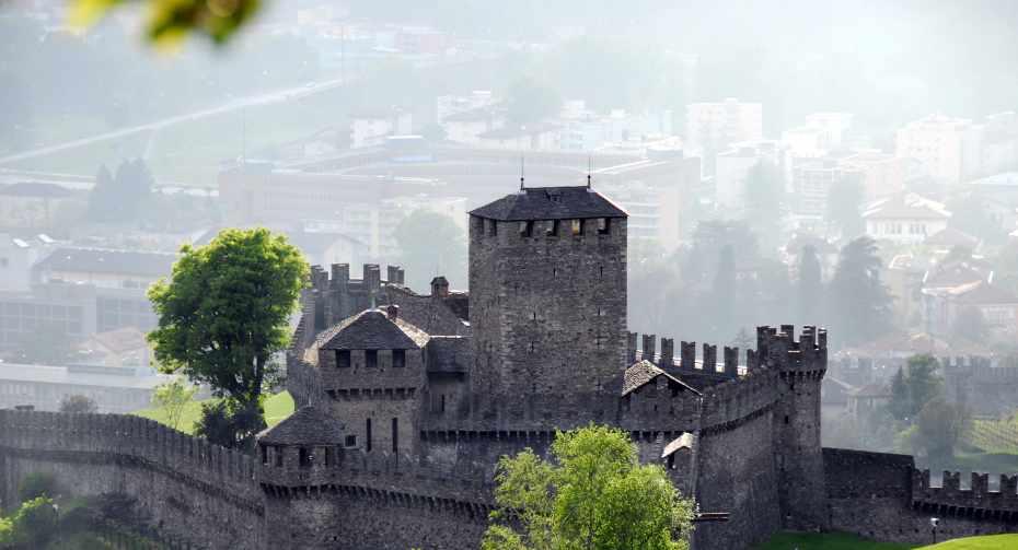 mys-Bellinzona Pass-Bellinzonese e Alto Ticino Turismo - Castello di Montebello (21).jpg