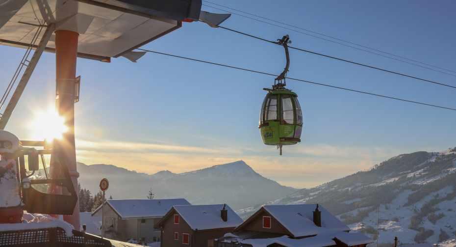 mys-Sattel-Hochstuckli Laternenweg inkl. Berg- und Talfahrt und Flying Grillspiess-Media Upload