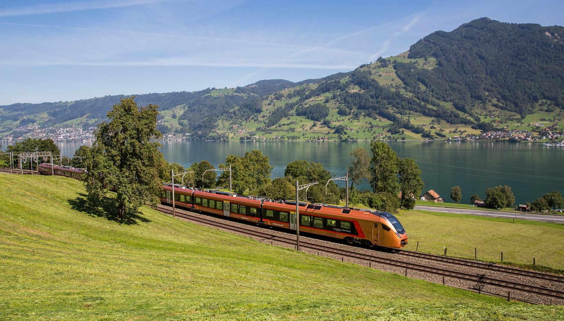 Voralpen-Express in Arth