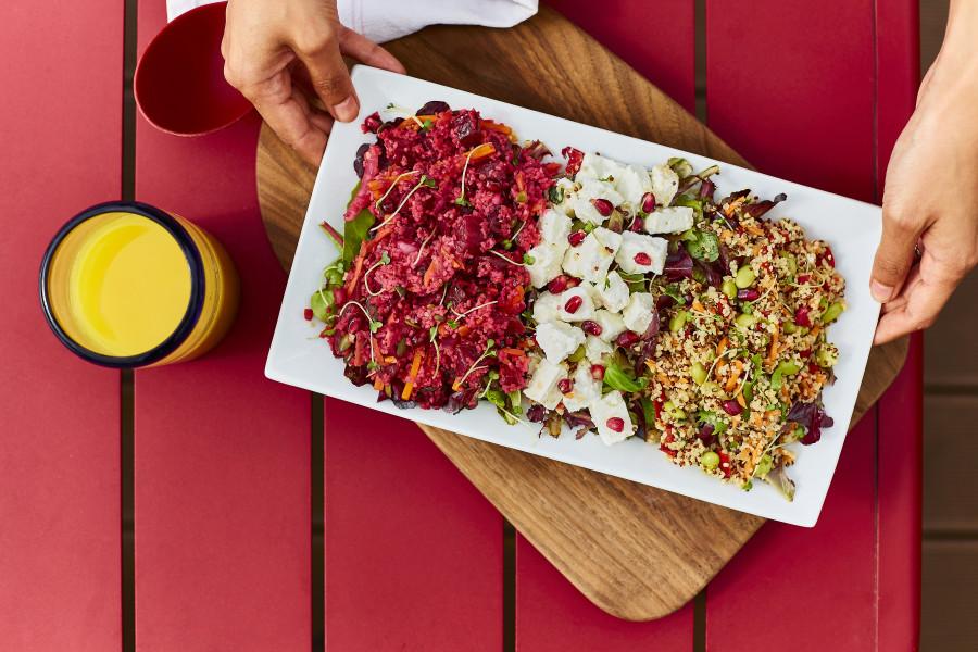 Feta, Beetroot & Pomegranate Salad (Halal)