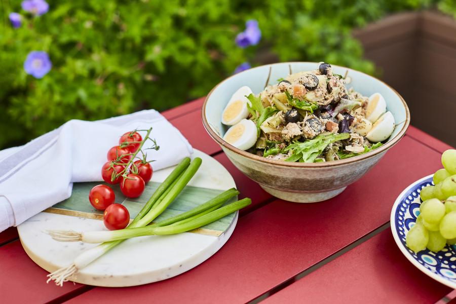 Tuna Nicoise Salad (Halal Sharing)