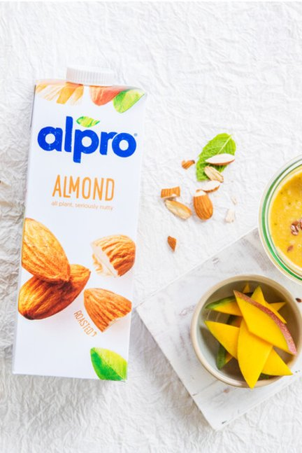 Mixed content: Almond drinks