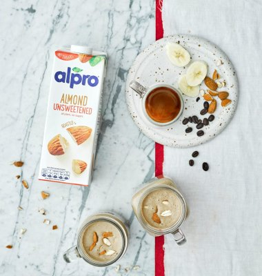 Almond, Banana and Espresso Breakfast Smoothie