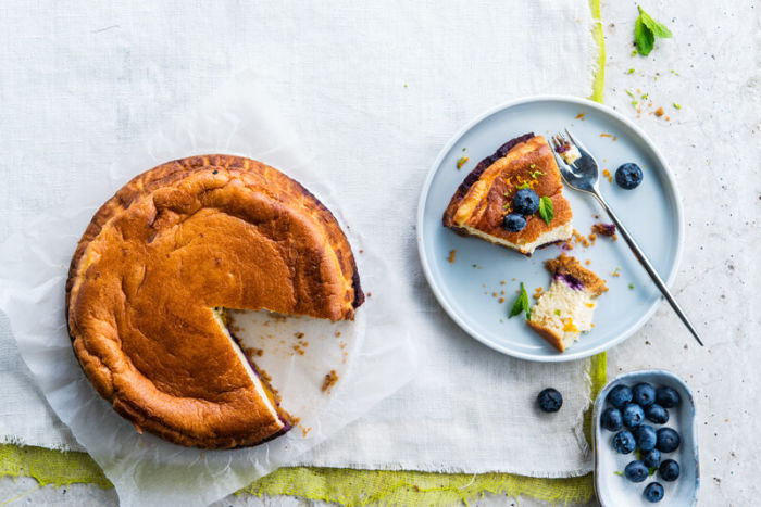 Tender Blueberry Cake