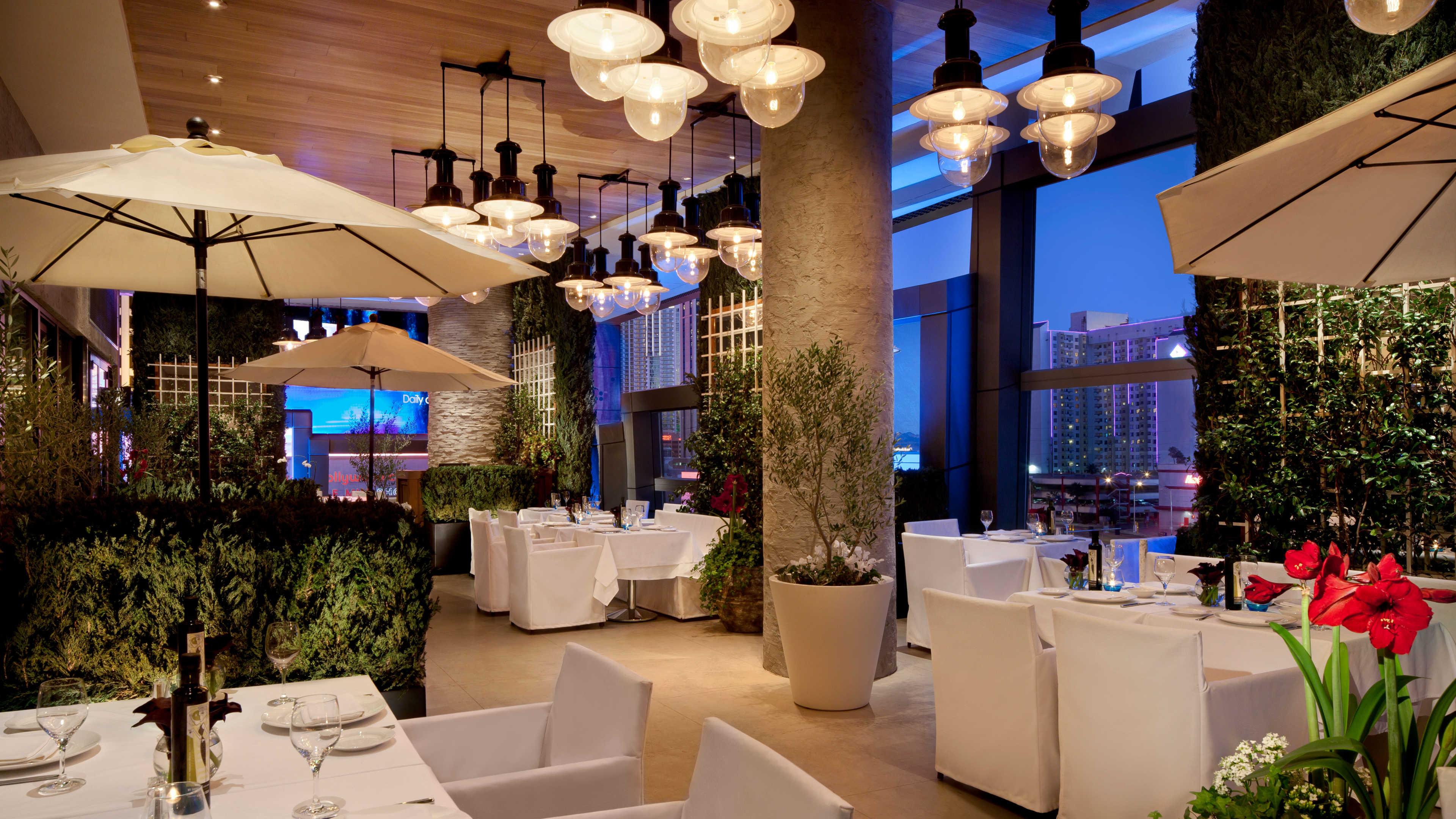 Las Vegas Luxury Hotel Estiatorio Milos The Cosmopolitan