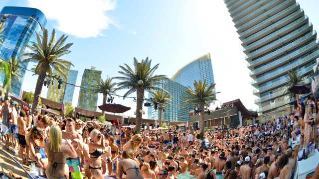 Marquee Dayclub Pool An Exciting Extension Of Nightclub