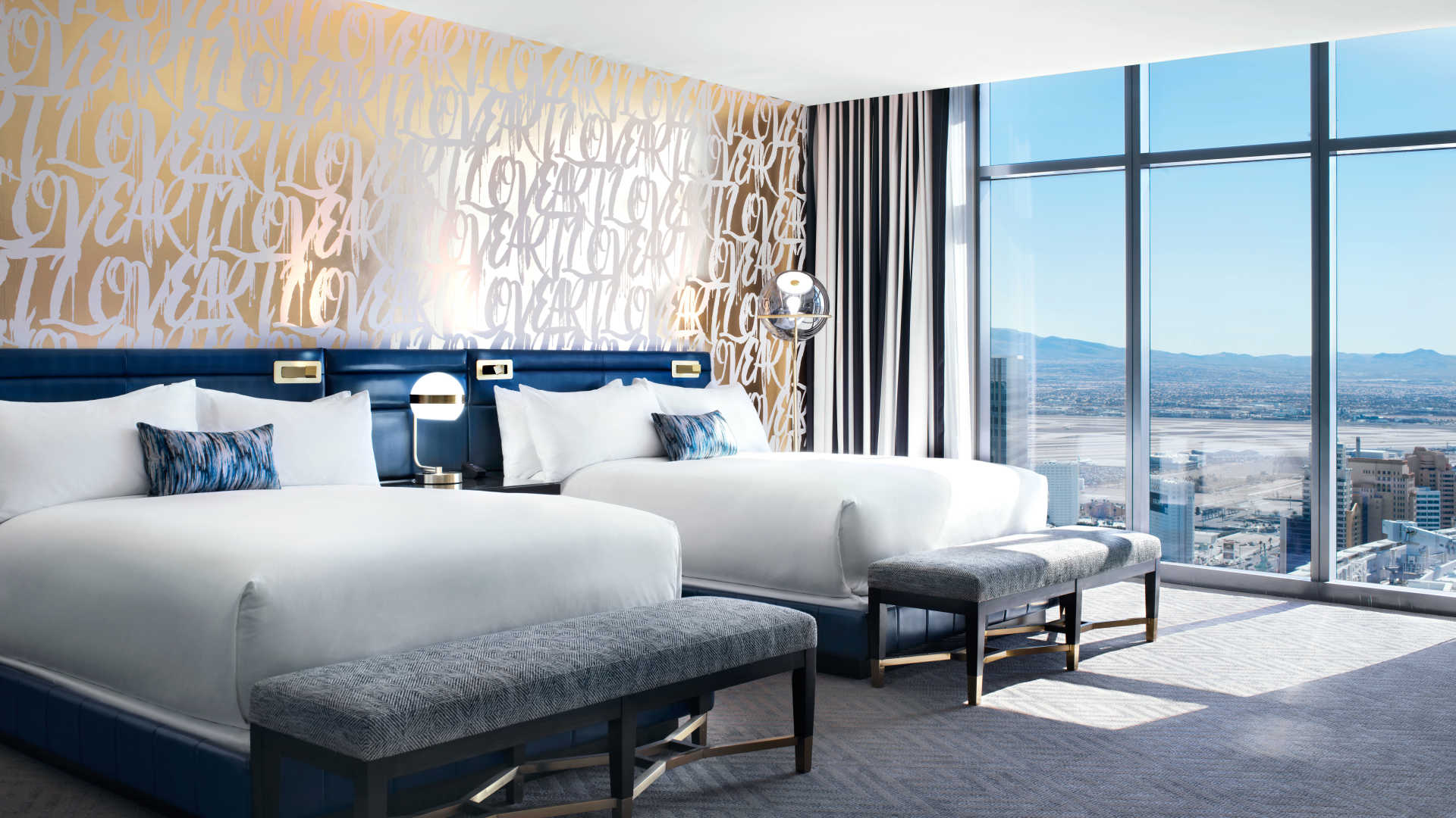 . Las Vegas luxury hotel rooms and suites   The Cosmopolitan