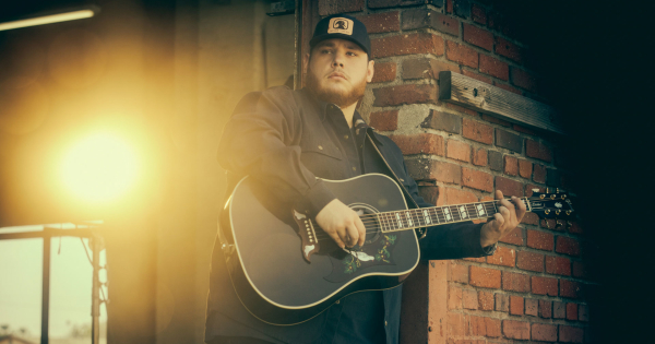 Luke Combs Boots On The Boulevard The Cosmopolitan
