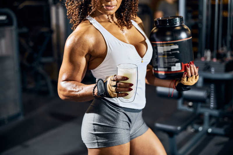 Supplements For Women's Lifting Performance: The Ultimate Guide