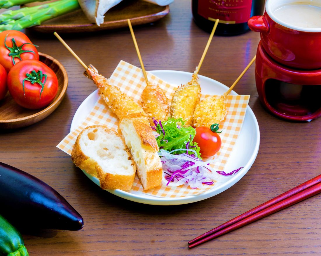 Kushikatsusakaba tenma-Deep-Fried Skewers with Rich Sea Urchin Sauce