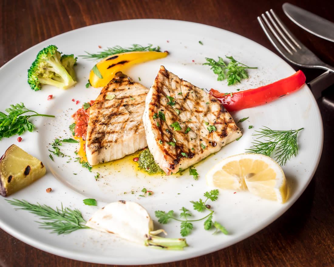 72時間熟成のメカジキのグリル Grilled swordfishfrom クッチーナ イタリアーナ アリア CUCINA ITALIANA ARIA