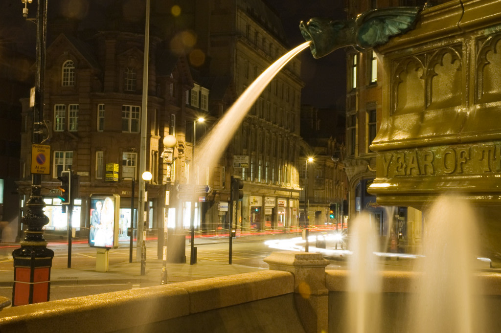 Albert Square Fountain - Manchester