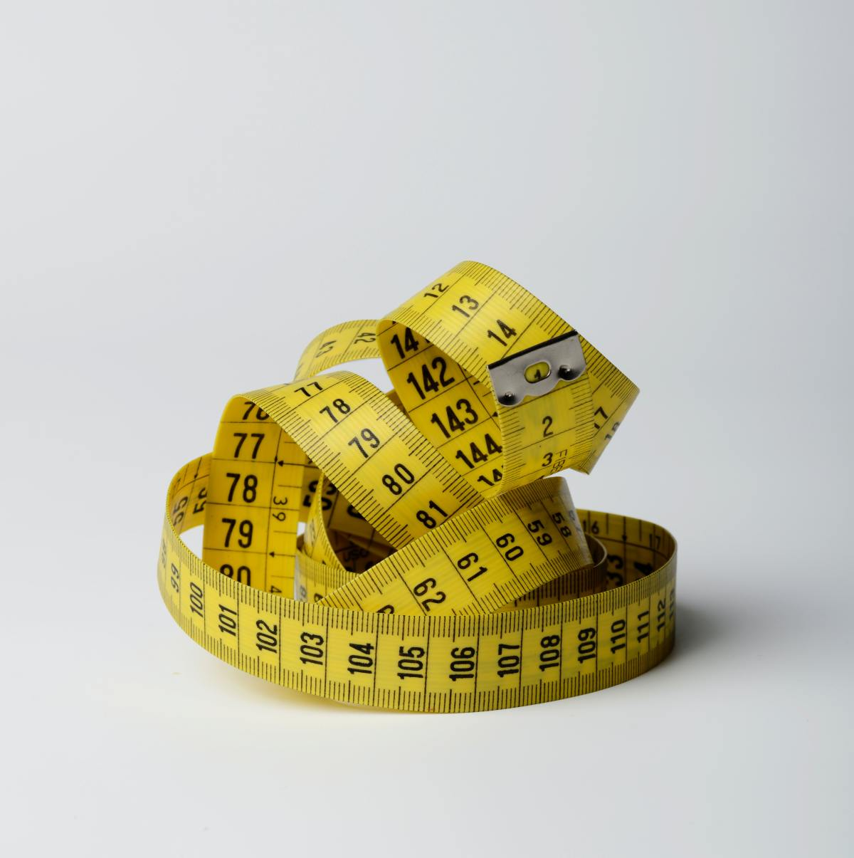 Close up photo of yellow tape measure 3143082