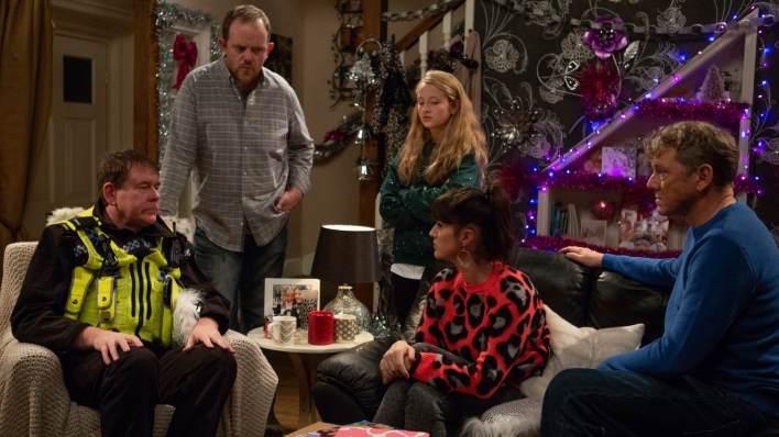 PC Swirling, Dan, Amelia, Kerry and Daz in Dale View - Emmerdale - ITV