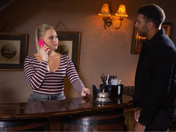 Tracy and Billy in the B&B - Emmerdale - ITV