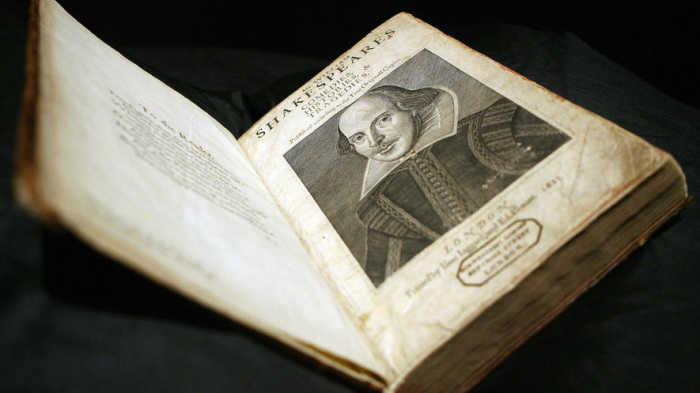 Software tool suggests Shakespeare may have had help writing his plays