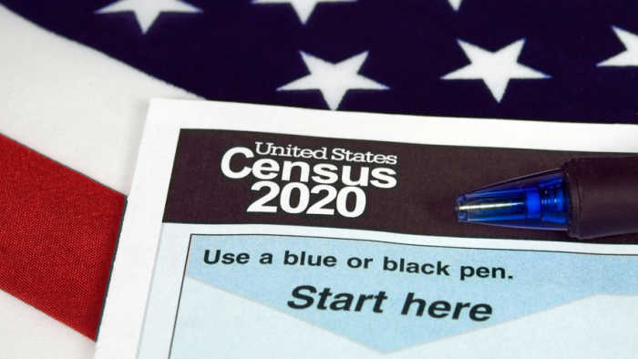 PRO/CON: Should our next census ask about citizenship status?
