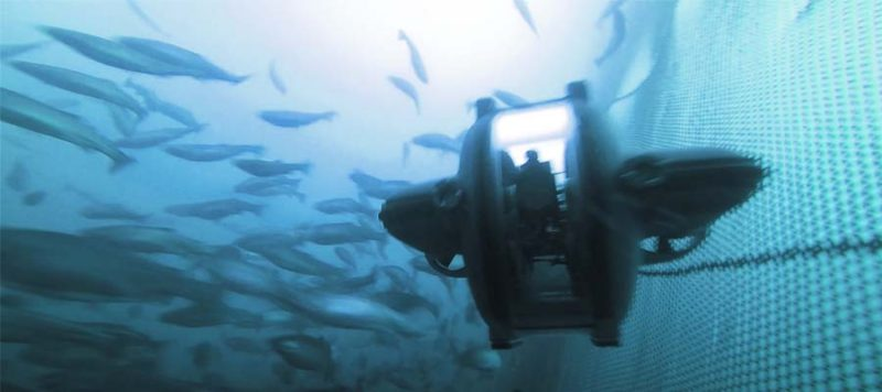 underwater-drone-aquaculture-fish-farm