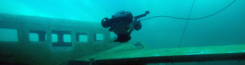 dtxt-rov-plane-crash-underwater
