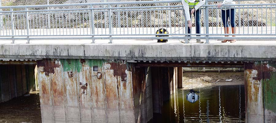 aging infrastructure-underwater drone bridge inspection