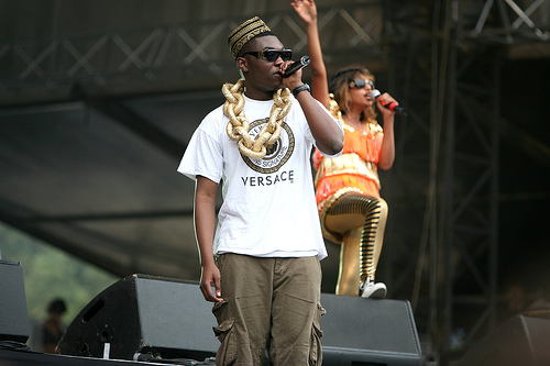 M.I.A. performs with Afrikan Boy in 2007. (Delgoff/Flickr)