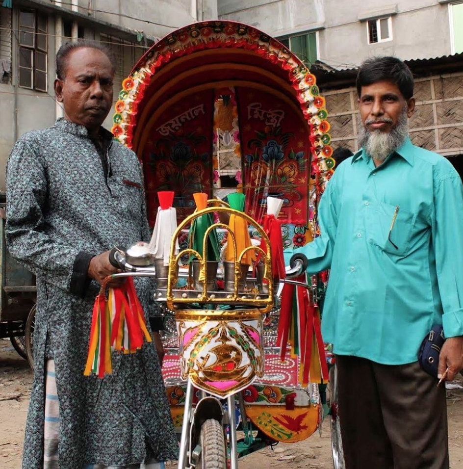 The rickshaw builder Jaynal Mistiri and rickshaw artist Rafiq Bhai (Andy Isaacson)